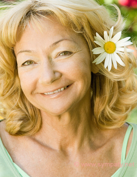 Причёски для пожилых женщин на короткие волосы