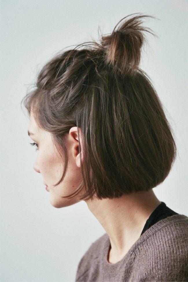 Прически с короткими волосами для девушек фото