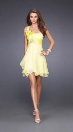 пышное платье лимонного цвета