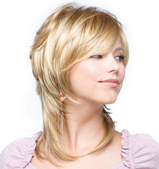 Женские прически на средней длины волосы