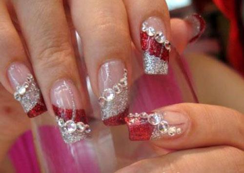 Блестки со стразами на ногтях
